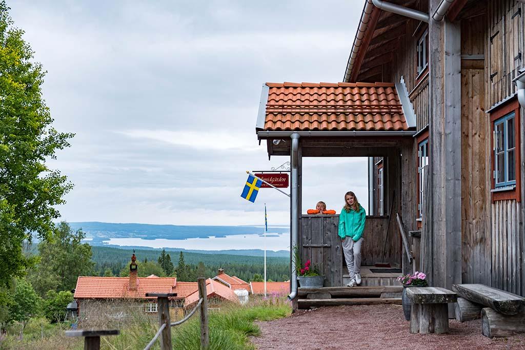 We eten bij Fryksås, een klein plaatsje net buiten Orsa Grönklitt.