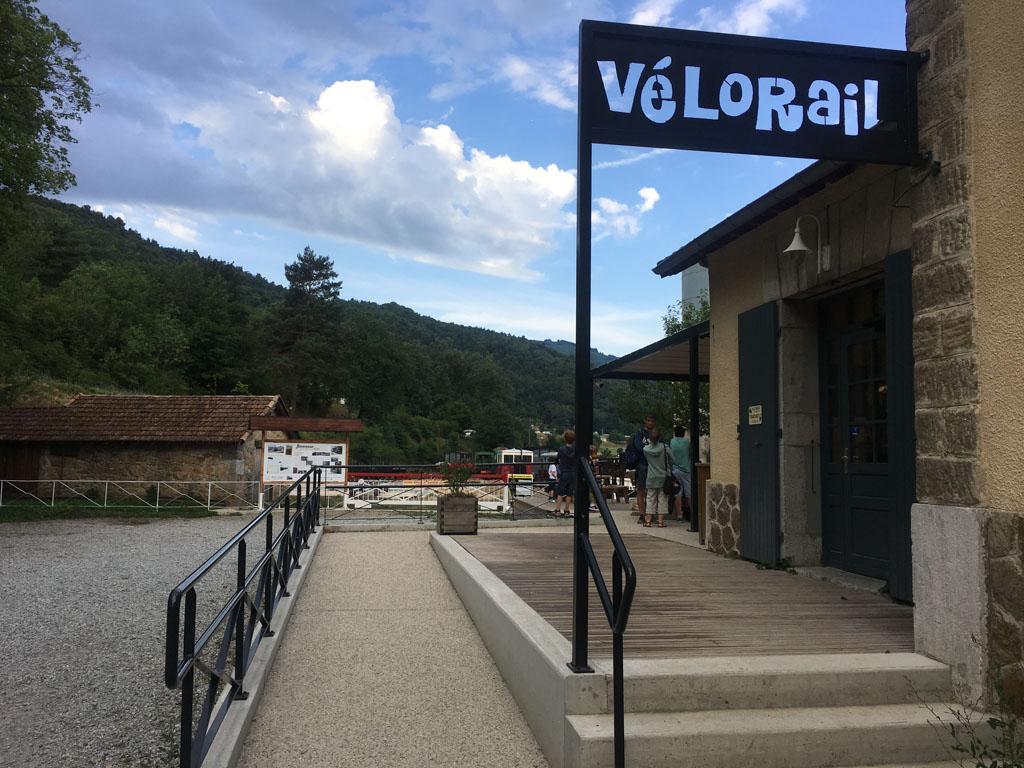 Aankomst bij Vélorail in de Drôme
