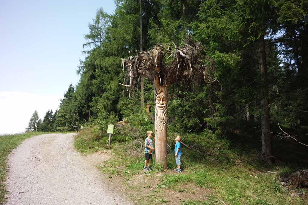 wandelen met kinderen in Juppi Zauberwald
