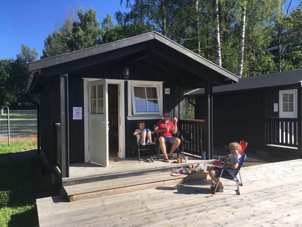 Onze basic-kampeerhut op Campings Bogstad, net buiten de stad Oslo