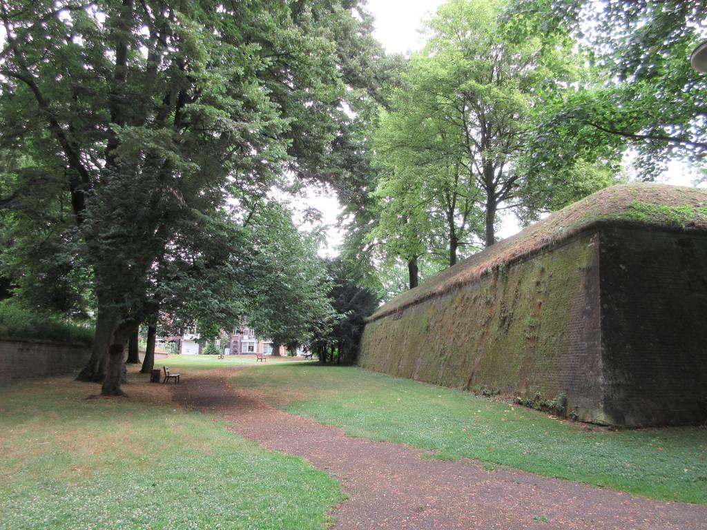 De gracht van het Bastion Waldeck