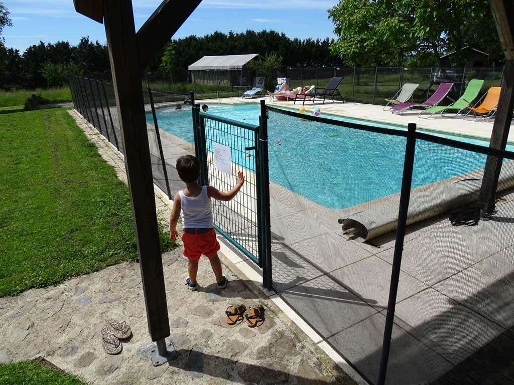 Bij Le Mas den Haut is ook een heerlijk zwembad om even af te koelen.
