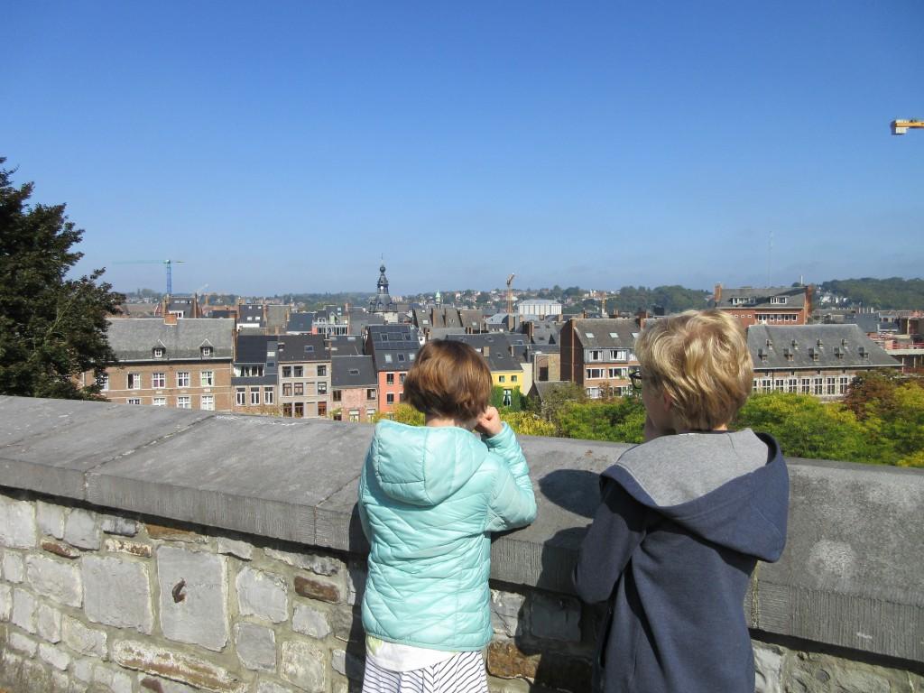 Uitzicht over de stad Namen van de omwalling van de citadel