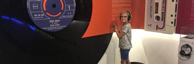 Ontdek 125 jaar technologische ontwikkelingen in het Philips Museum met kinderen