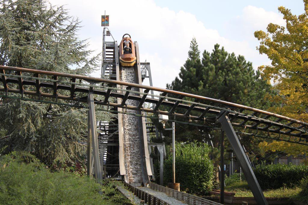 Een van de attracties die wat oudere kinderen zeker waarderen: de wildwaterbaan.