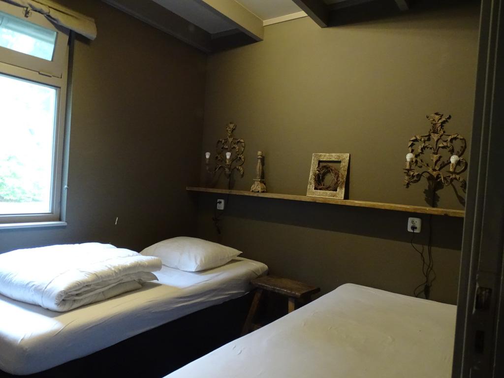 De slaapkamer beneden in het thema 'Eekhoorn'