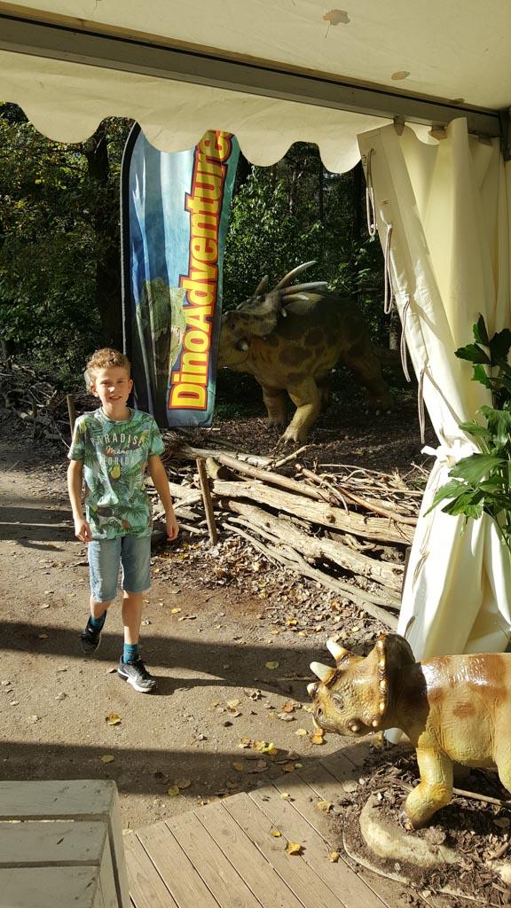Zelfs mijn 10-jarige vind de DinoAdventures leuk.