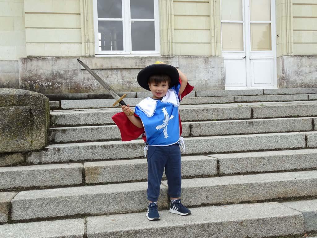 Bij Château Craon mogen de kinderen verkleden als een echte prins of prinses.
