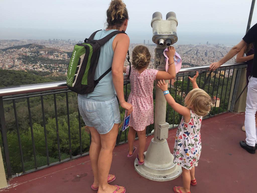 Tibidabo is onbekend, maar zeker de moeite waard om met kinderen heen te gaan.