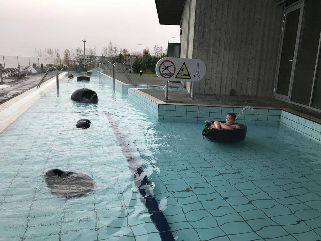Laugarvatn Fontana Spa is ook geschikt om met kinderen heen te gaan.