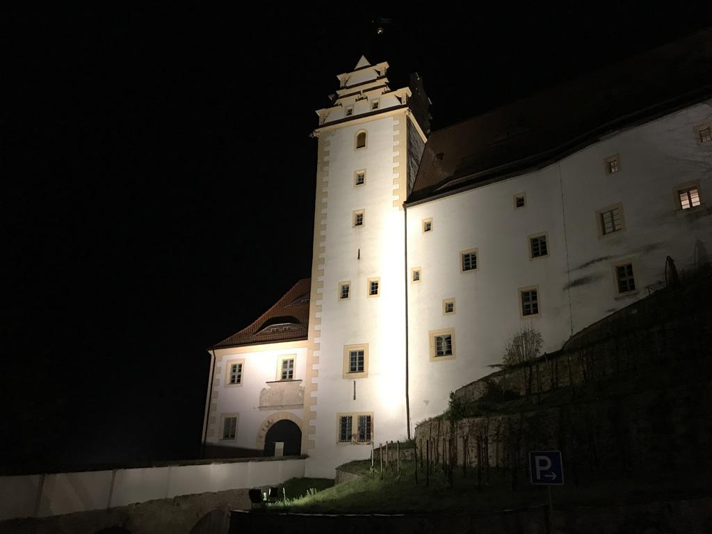 Schloss colditz bij nacht