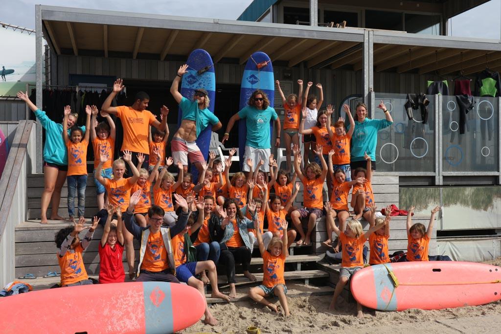 Het Strand- en Surfkamp van De Jongens uit Schoorl is een onvergetelijke ervaring.