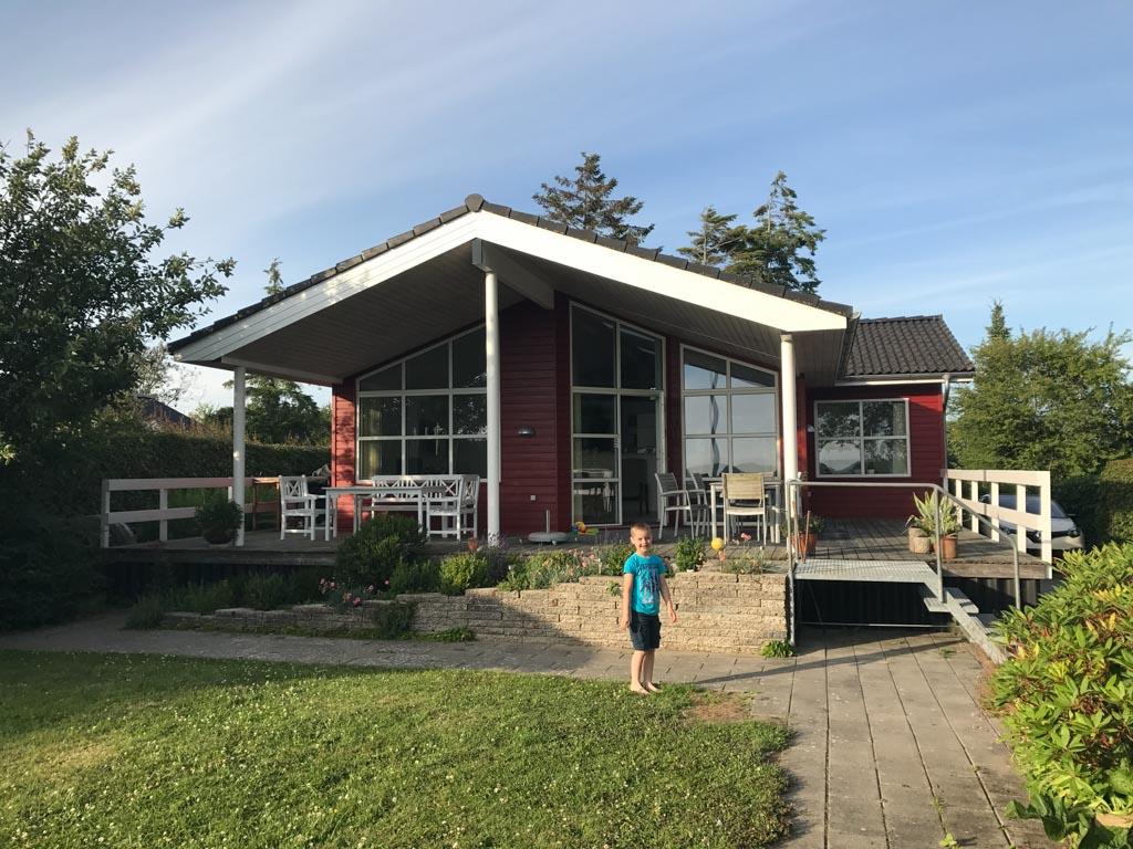 Het vakantiehuis op Funen heeft een heerlijke tuin.