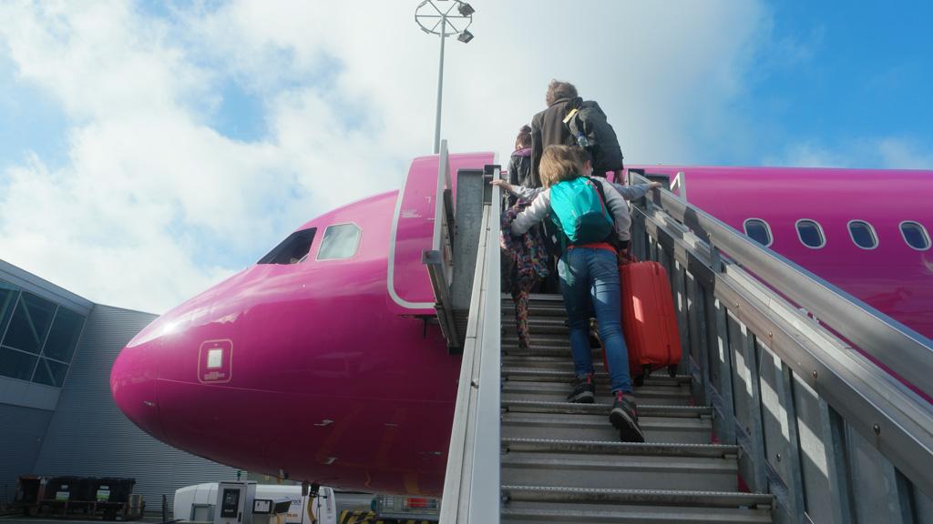 Zou het vliegtuig van binnen ook paars zijn?
