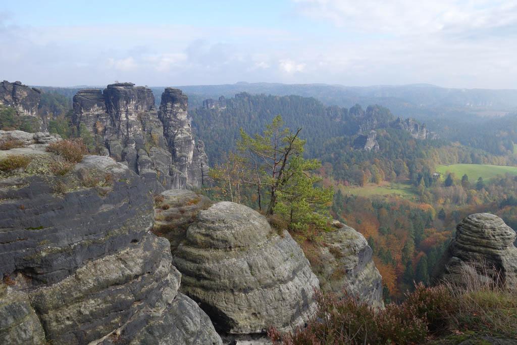 Nationaal Park Sächsische Schweiz wordt gekenmerkt door prachtige rotsformaties.