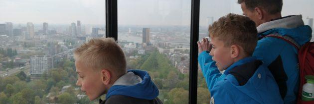 Euromast met kinderen: genieten van Rotterdam op grote hoogte