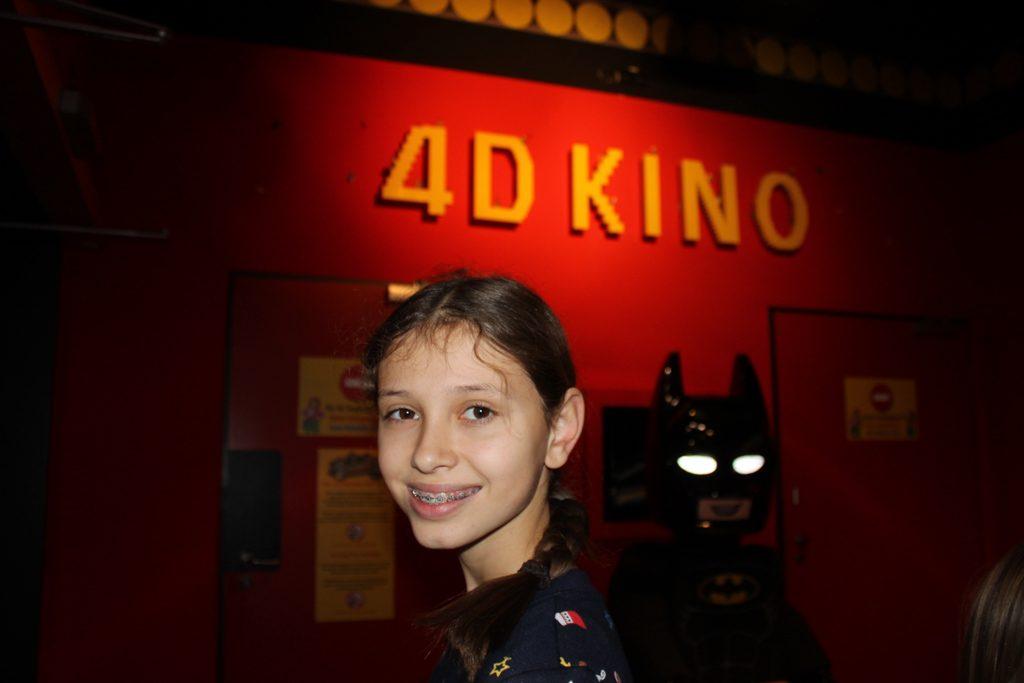 Naar de 4D film.