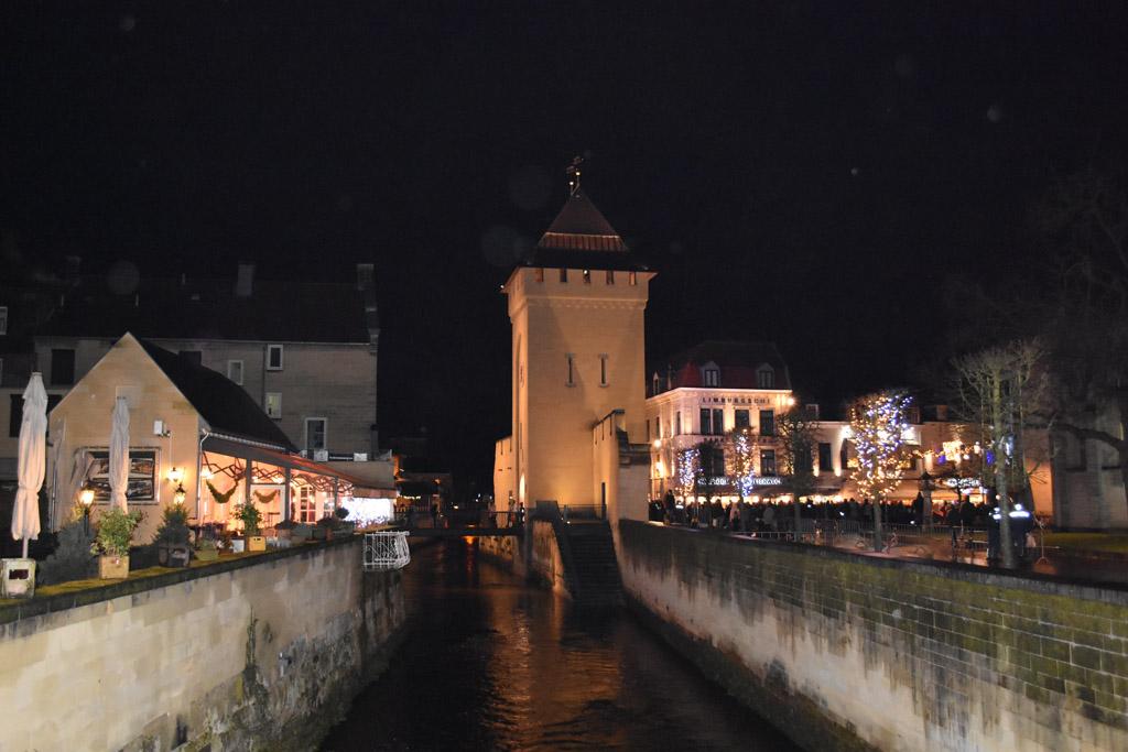 Wat is Valkenburg mooi in het donker