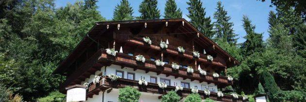 Alpbacher Gästehaus Weiherhof: kindvriendelijk overnachten in een appartement inTirol