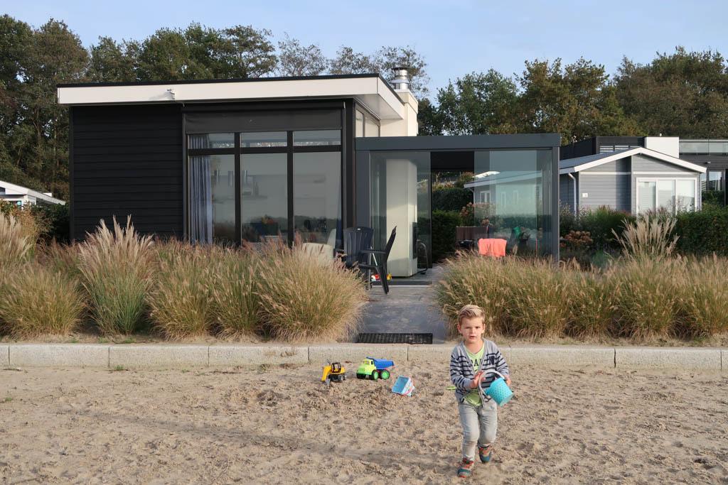 Ultiem plekje voor kinderen die graag met water en zand spelen... Voor ieder kind dus eigenlijk!