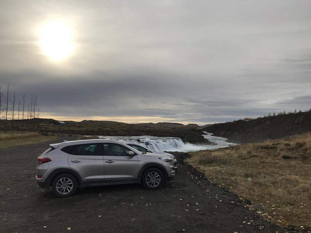 Het is meestal niet ver rijden over de hobbelige gravel wegen.