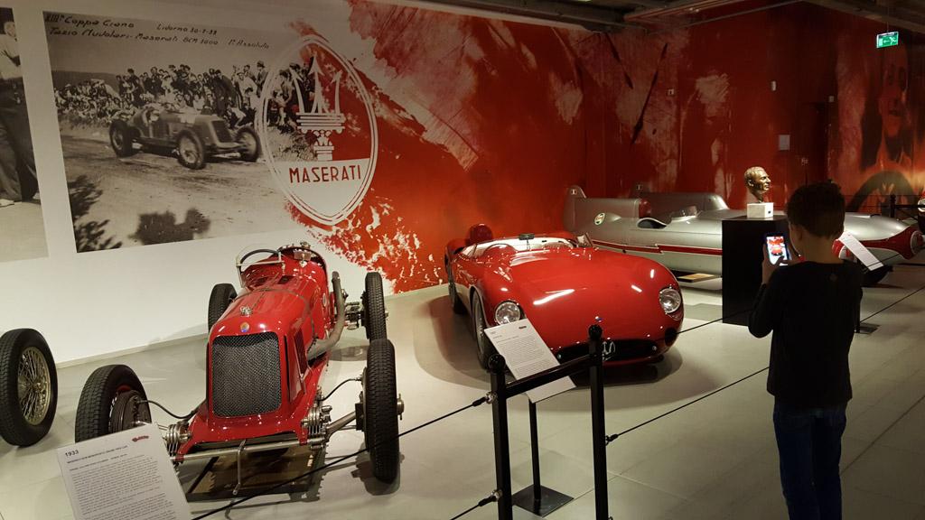 De favorieten van mijn jongste zoon: klassieke race-auto's van Maserati.