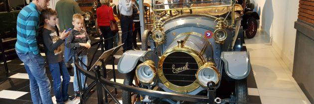Louwman Museum in Den Haag: een automuseum met 130 jaar auto historie