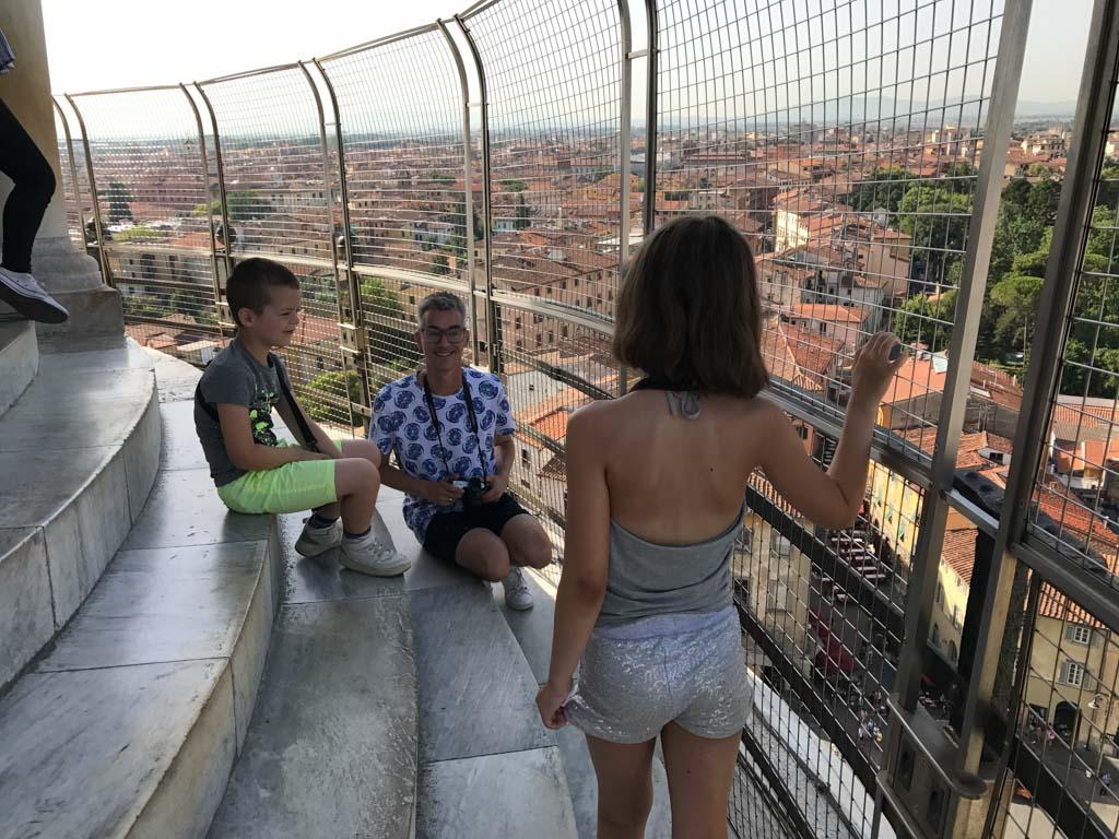 Ik ben stiekem erg blij met het hoge en stevige hek.