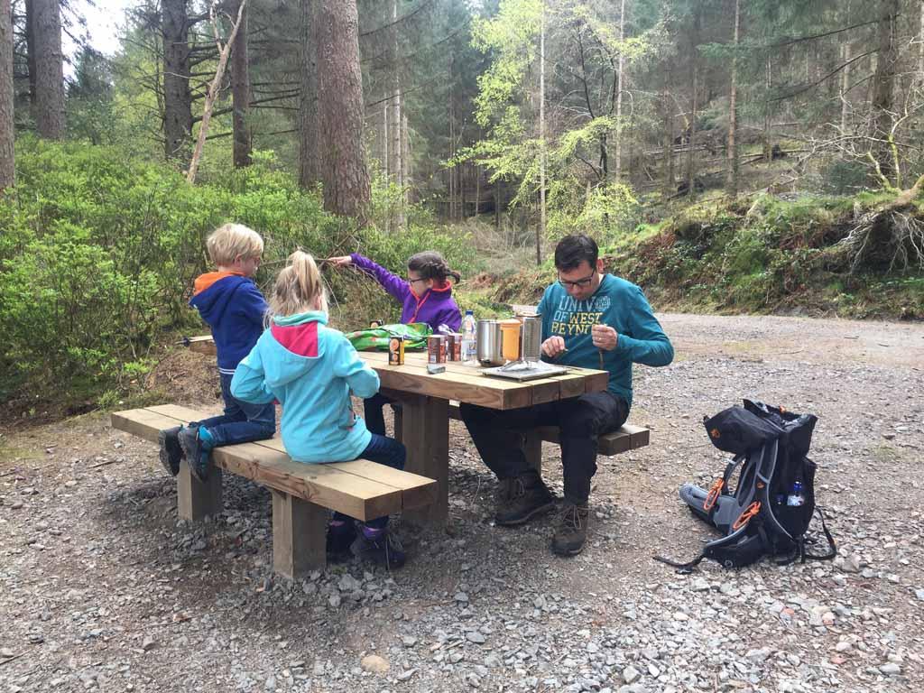 wandelen in Schotland met kinderen picknickplek