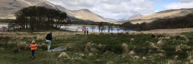 Wandelen in Schotland met kinderen rond Loch Lomond, da's prachtig mooi!