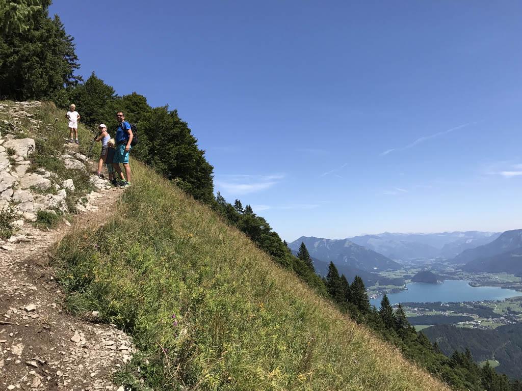 wandelen rondom de wolfgangsee naar de top