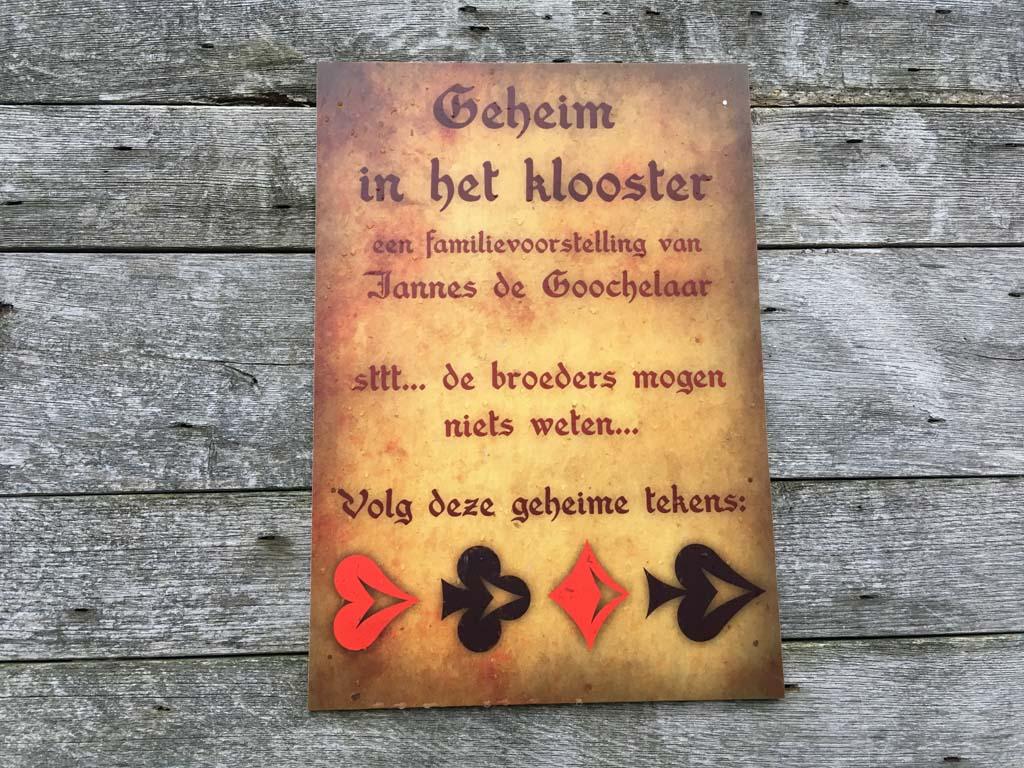 Geheim in het klooster
