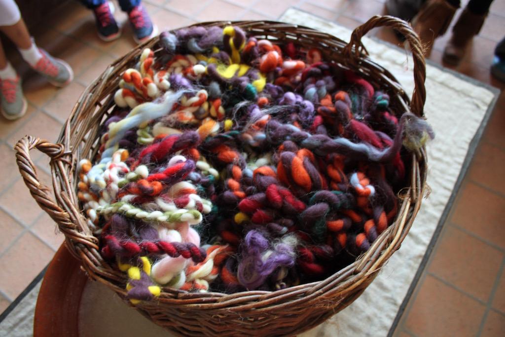Materiaal voor de vilten armbandjes (foto Jolinda)