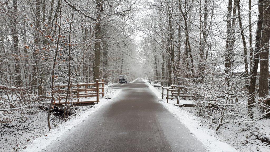 De sneeuw maakt de route naar de Dome bijna magisch