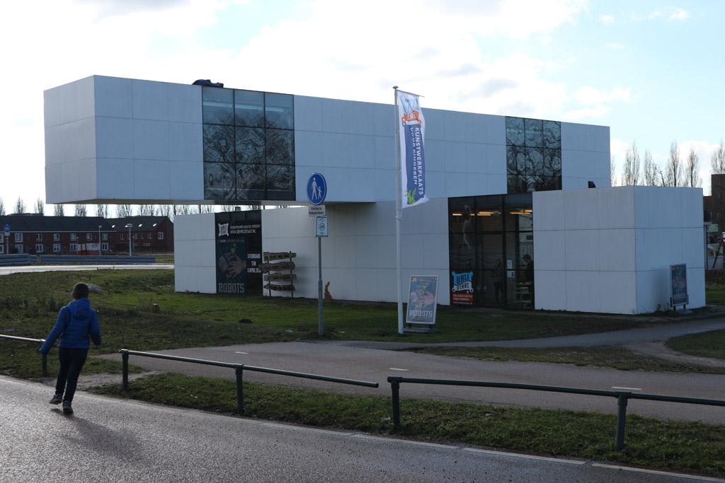 Het Gebouw waar je ROBOTS vindt, gelegen in Leidsche Rijn in Utrecht.