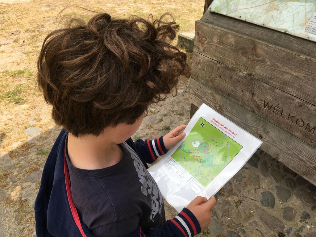 Even op de plattegrond van camping De Vlagberg kijken waar ons gereserveerde plekje zich bevindt.