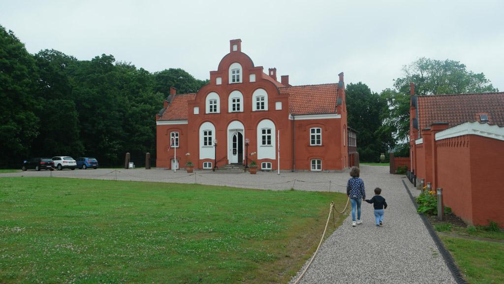 Het Clay Museum is in dit karakteristieke pand te vinden.