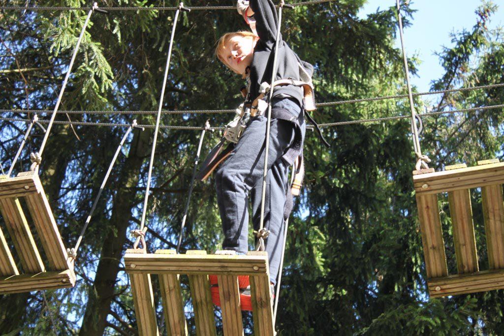 Ik kan mijn zoon niet bijhouden met klimmen.