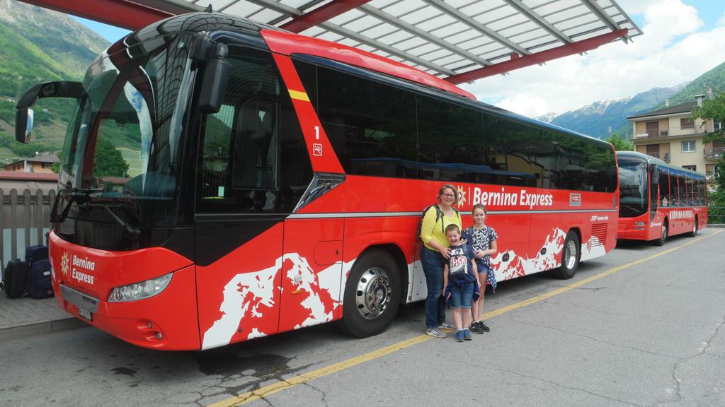 Verder met de Bernina Express Bus.