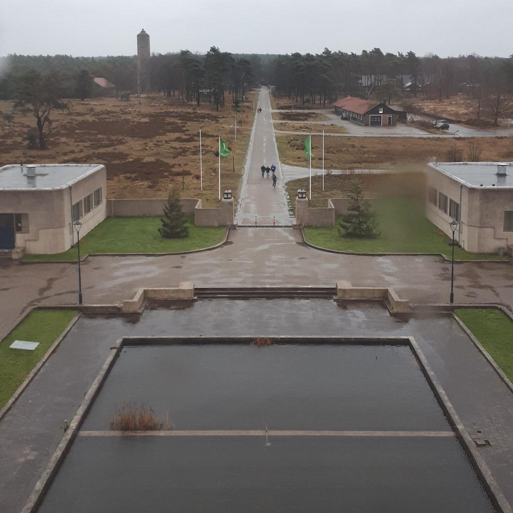 Uitzicht vanuit het zendgebouw.