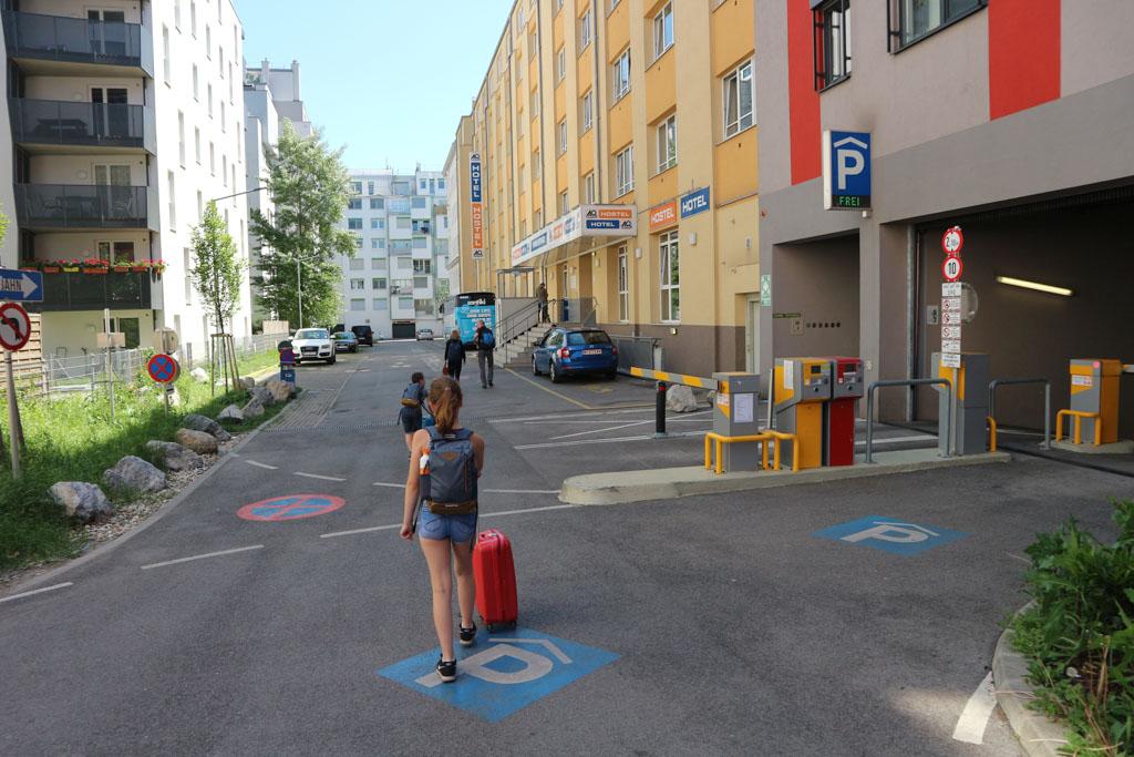A&O Hotel ligt nog dichter bij het station van Wenen.