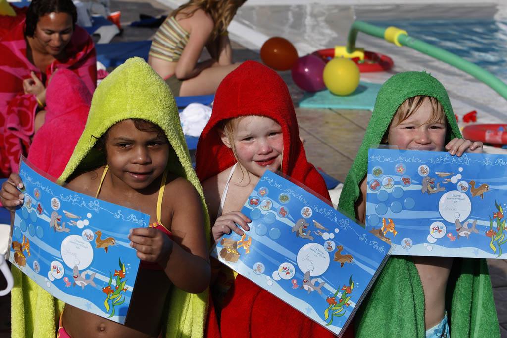 Alle kinderen krijgen een zwemdiploma of een certificaat.