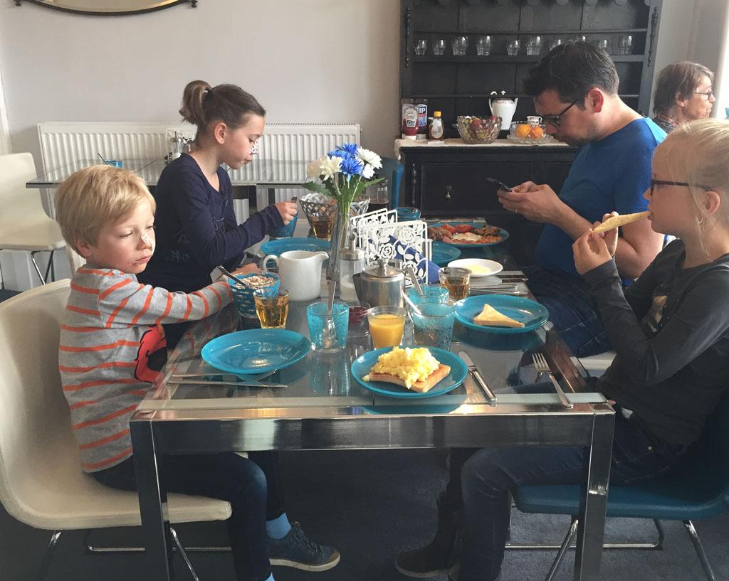 Edinburgh met kinderen ontbijt