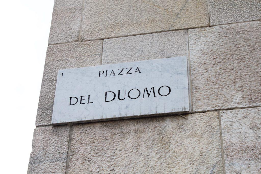 Een van de hoogtepunten van ons bezoek aan Milaan, het piazza Del Duomo.