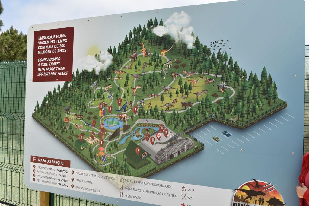 Een plattegrond van het park