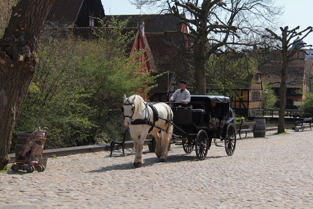 Zin in een ritje door de oude stad in een koets?