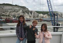 Duimpjes omhoog voor de tocht met DFDS naar Dover in Engeland.