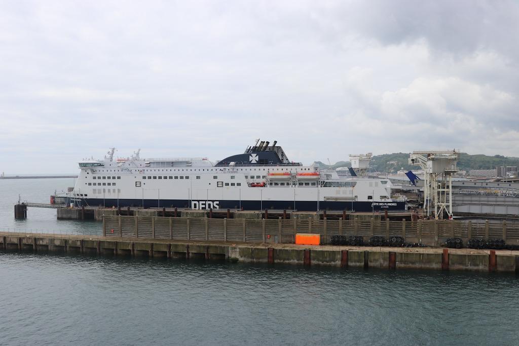 De boten van DFDS zijn voor onze kinderen indrukwekkend groot.