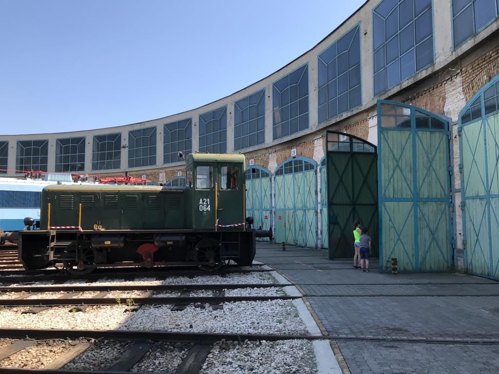 Met Interrail Pass kregen we korting bij het Railwaypark in Budapest, dit was een voordeel van enkele euro's.