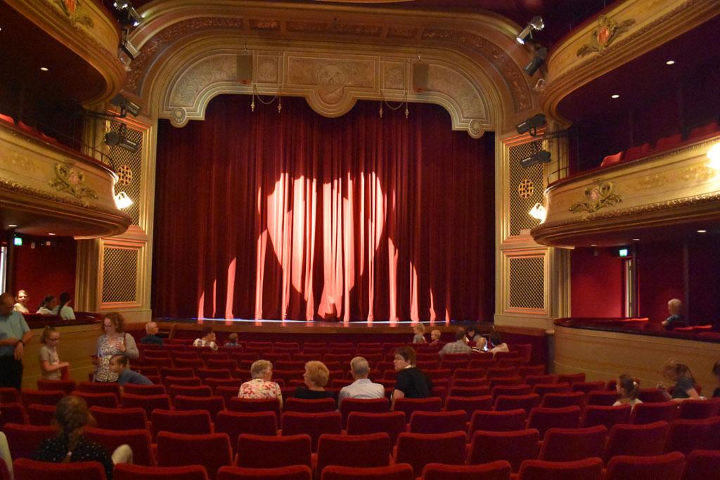 Wat een mooi theater